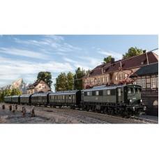 22394 + 23458 Trix Elektrische locomotief serie 44.5 MFX - DCC Sound plus 5-delige set personenrijtuigen Insider Club 2021