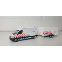 937009 Herpa Mercedes Benz Sprinter Politie + aanhanger VOA (NL)