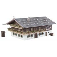 130553 Faller Grote alpenboerderij