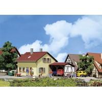 131224 Faller Buitenhuis met uitbouw